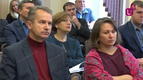 ВКузбассе школьник умер, упав скрыши долгостроя