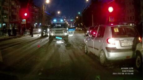 ВКузбассе УАЗ вневедоственной охраны сбил женщину с сыном