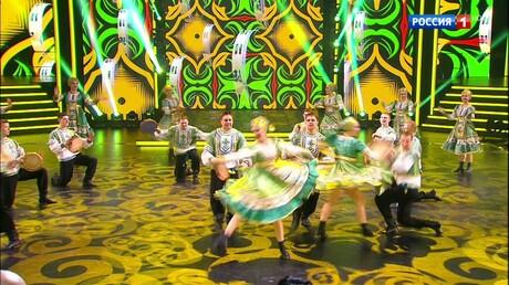 Новокузнецкий ансамбль «Калинка» представил первое выступление вшоу «Танцуют все»