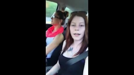 Две девушки изЧехии разбились впрямом эфире— Смерть в социальная сеть Facebook