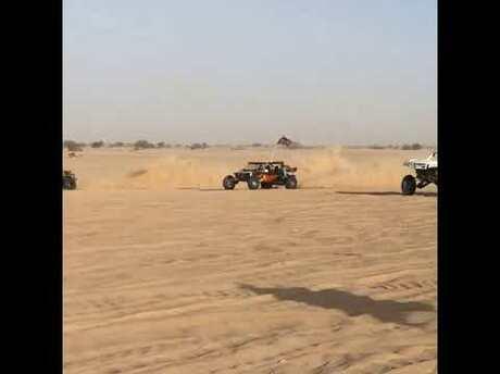 Песчаный багги сагрегатом отTesla показали навидео