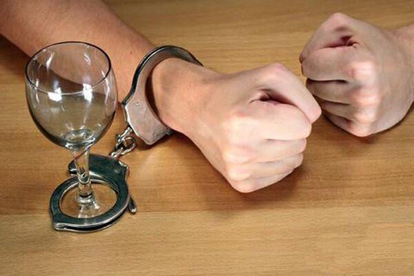 Куда обращаться при женском алкоголизме
