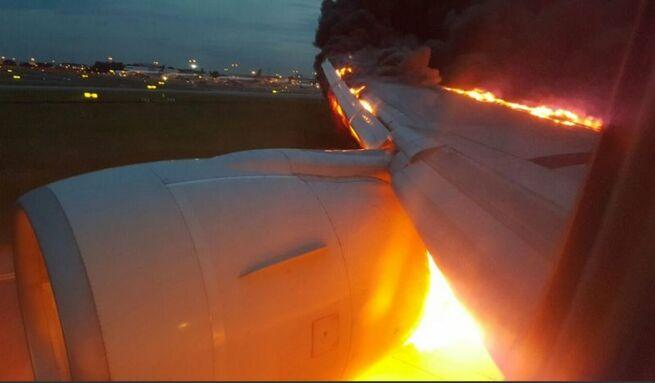 Սինգապուրում ուղևորատար Boeing-ը վայրէջքի ժամանակ հրդեհվել է (տեսանյութ)