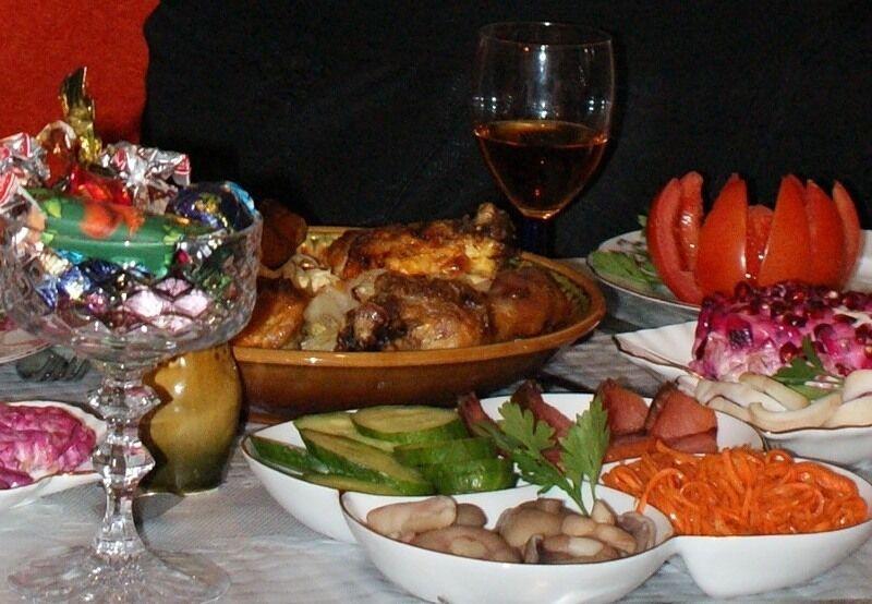 Праздничный стол приготовить ужин