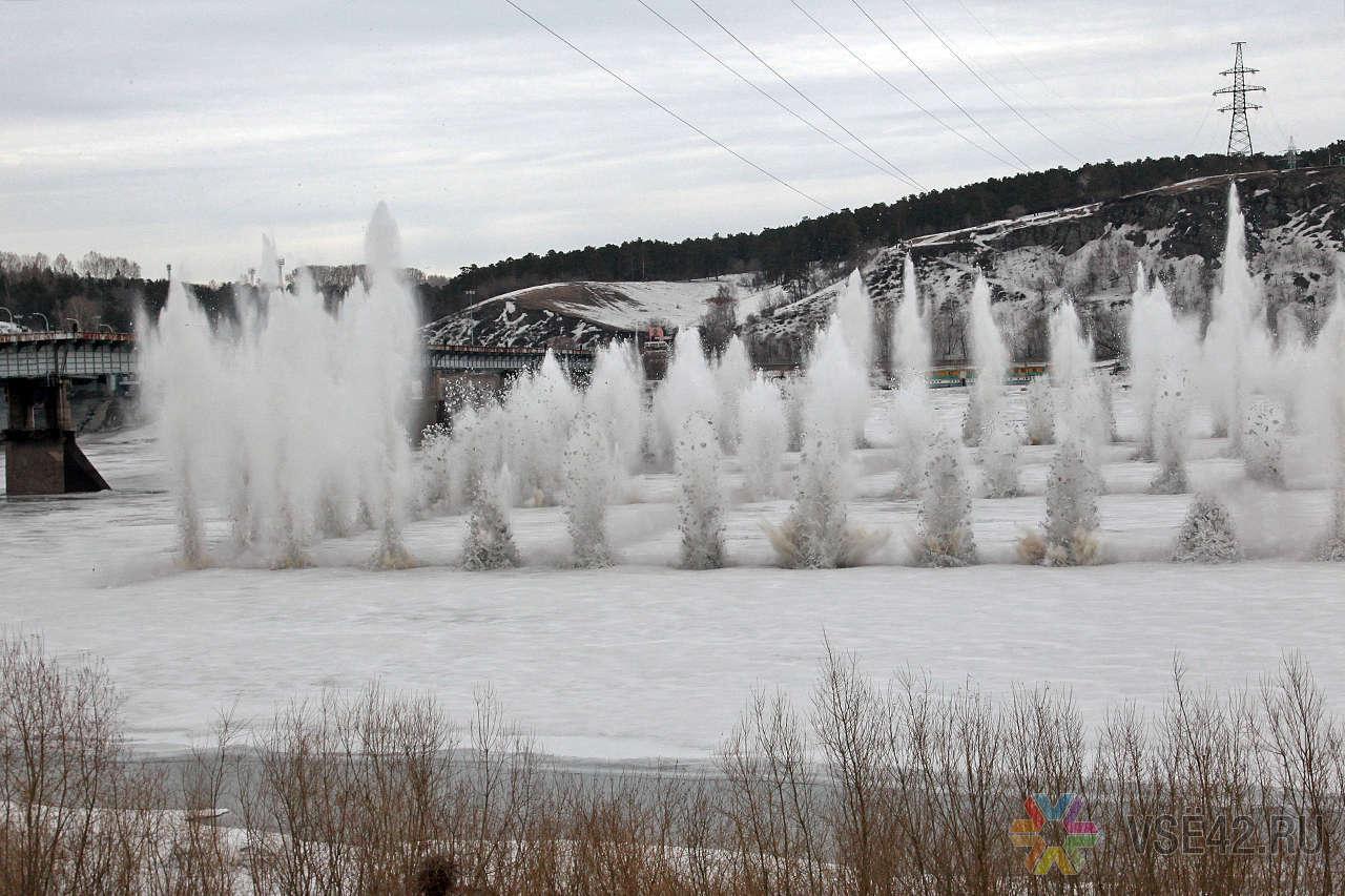 Спасатели провели взрывные работы на реке Илга в Жигаловском районе