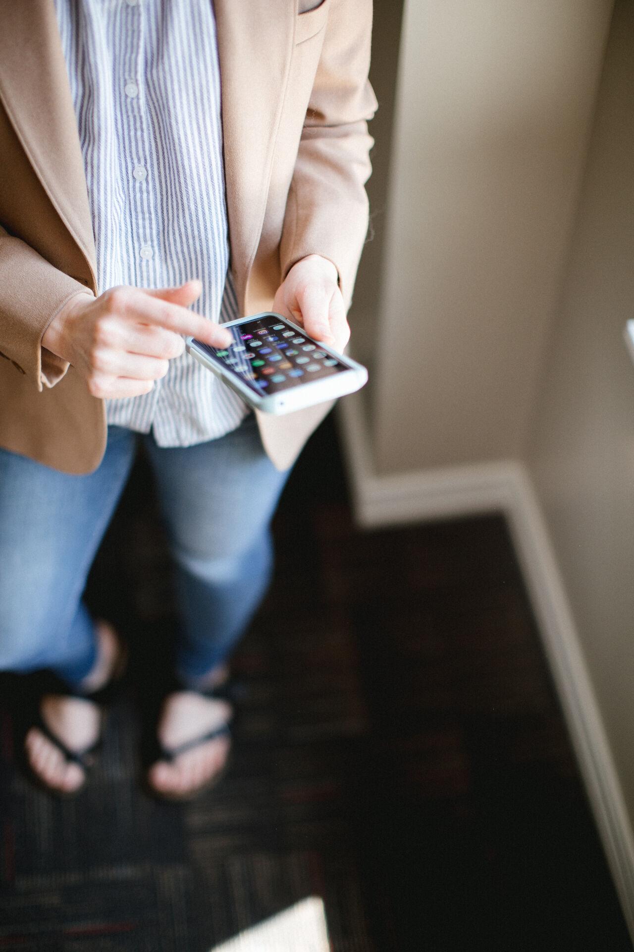 взять потребительский кредит с 18 лет на карту