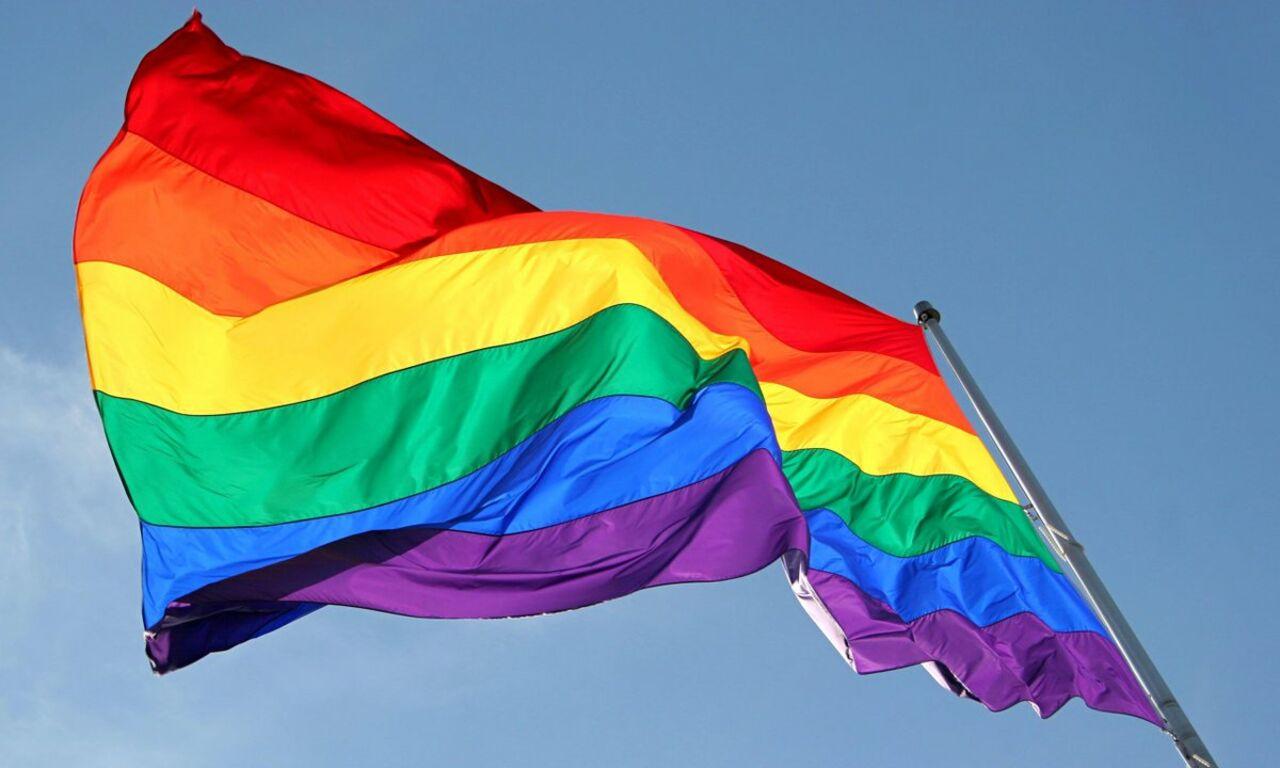 Омск гей парни по вызову фото 617-331