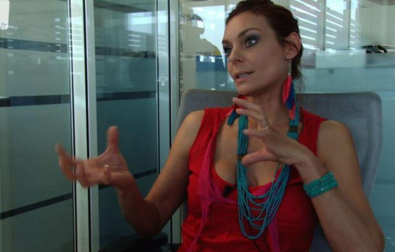 Телепрограмма ав франции ведет порно актриса фото 735-847