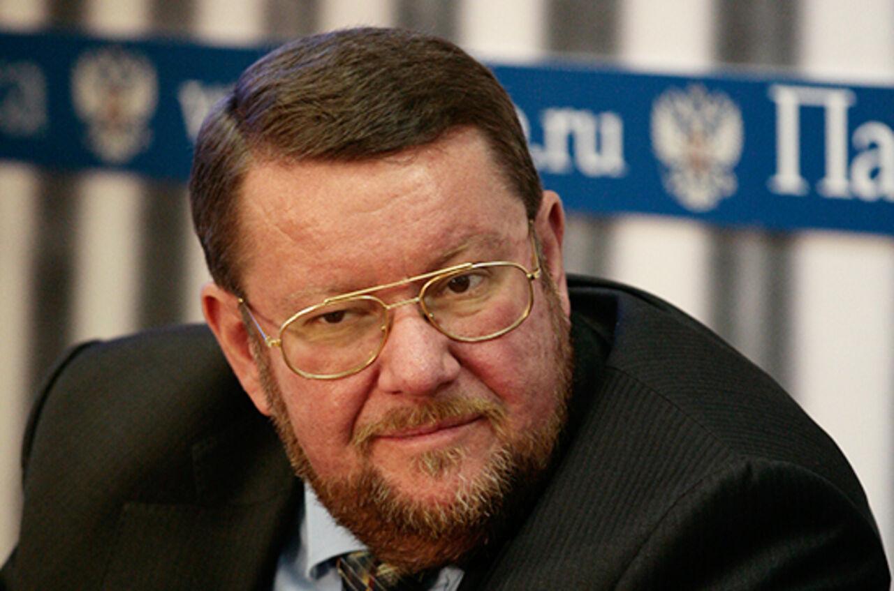 Недовольство США подготовкой России к развертыванию баз военного флота в Венесуэле и на Кубе прокомментировал Сатановский